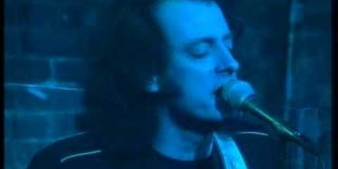 Tommy James and the Shondells: Crystal Blue Persuasion
