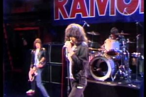 The Ramones: I Wanna Be Sedated/The KKK Took My Baby Away