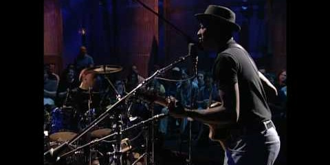 Keb' Mo': Am I Wrong and Suitcase