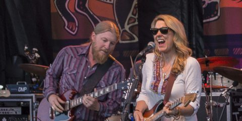 Derek_Trucks_and_Susan_Tedeschi_2