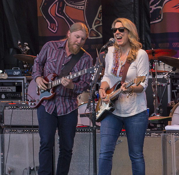Derek_Trucks_and_Susan_Tedeschi